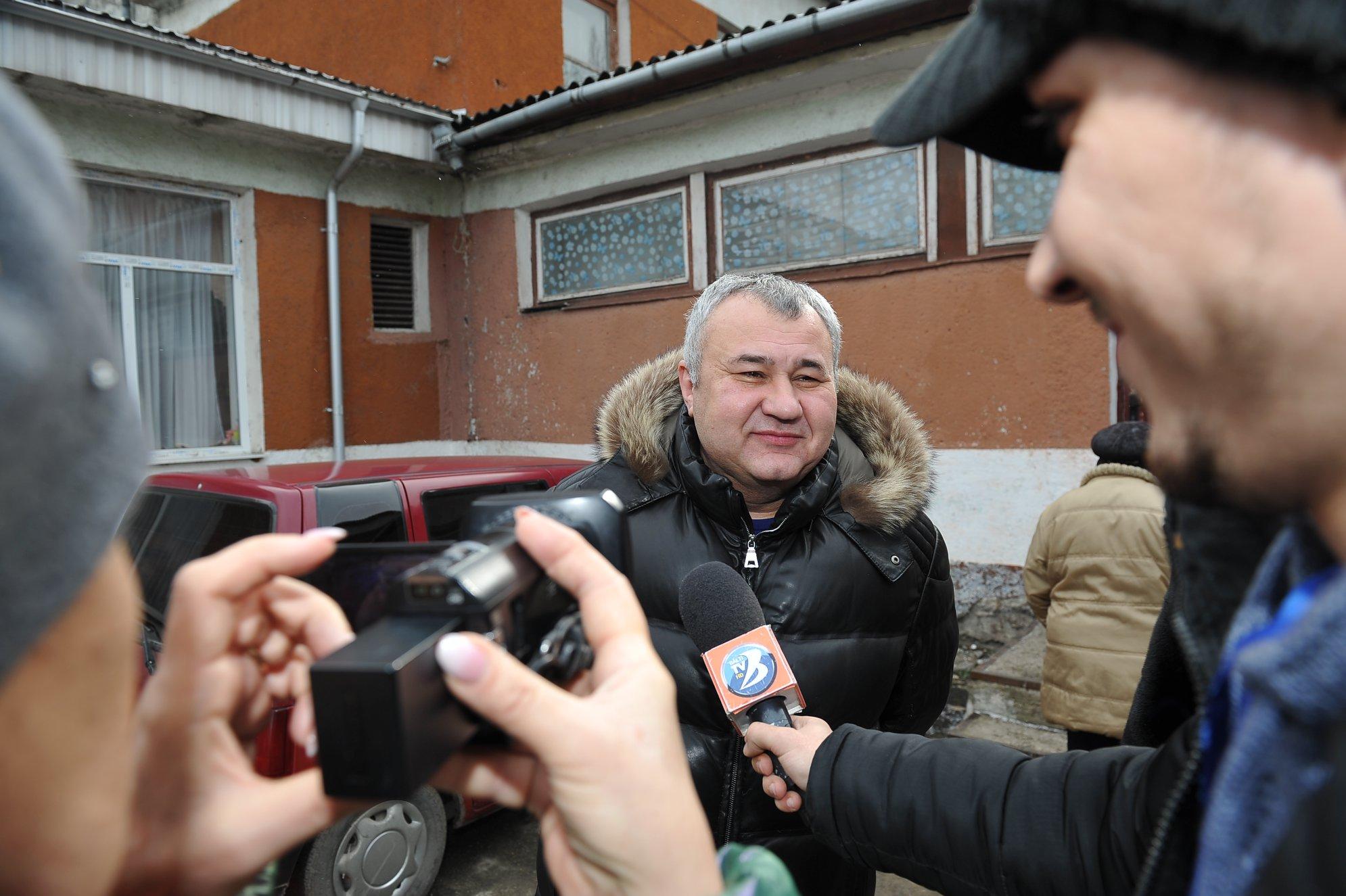 Николай Григоришин: Выборы проходят с множеством нарушений – людей заставляют голосовать